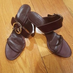 BRAND NEW, NEVER USED GUCCI HEELS BROWN LEATHER